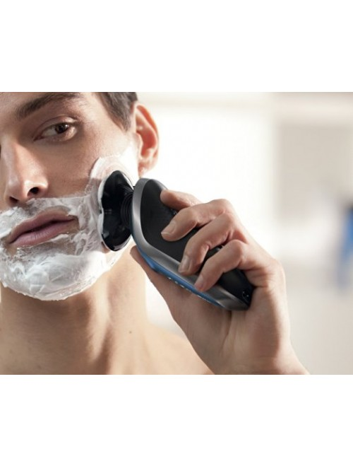 Philips Norelco Electric Shaver 8900, Wet & Dry
